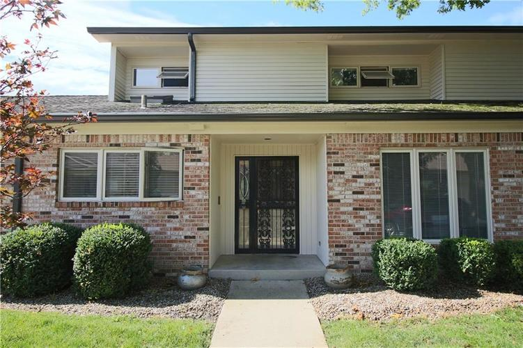 1055  Andalusia Grove Indianapolis, IN 46260 | MLS 21723772