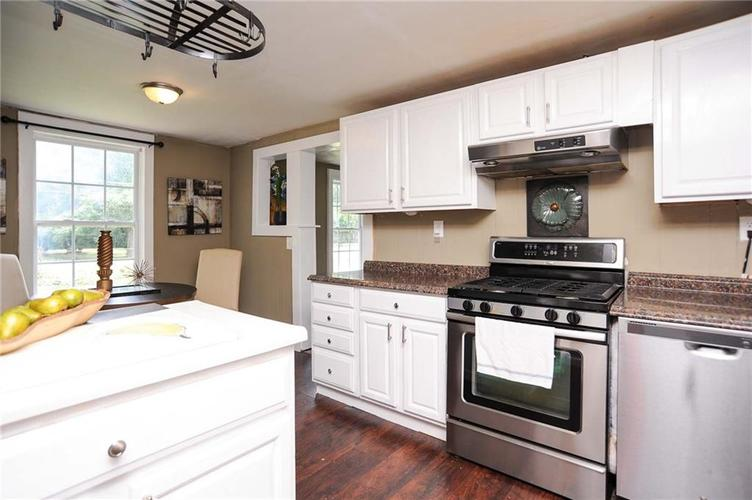 477 S WEBSTER Avenue Indianapolis IN 46219 | MLS 21723799 | photo 11