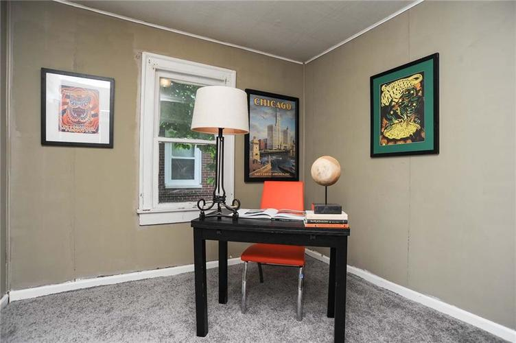 477 S WEBSTER Avenue Indianapolis IN 46219 | MLS 21723799 | photo 19
