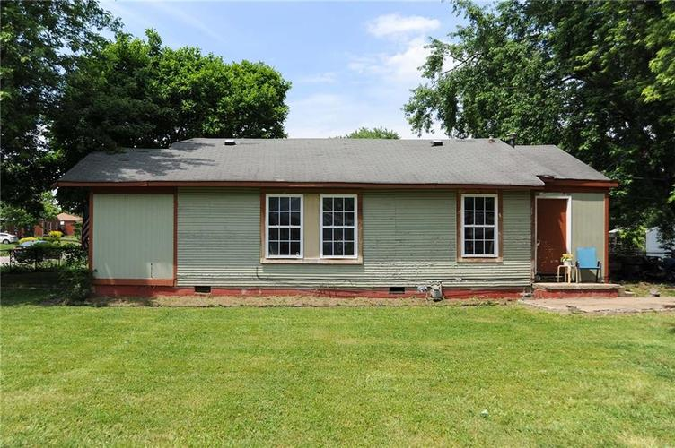 477 S WEBSTER Avenue Indianapolis IN 46219 | MLS 21723799 | photo 2