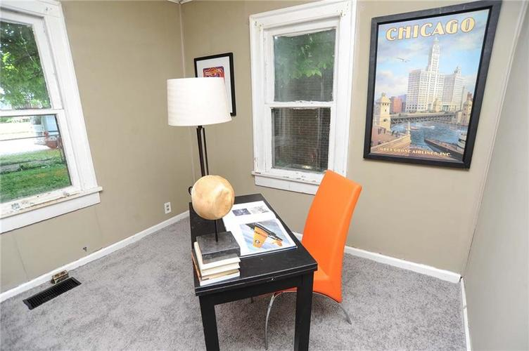 477 S WEBSTER Avenue Indianapolis IN 46219 | MLS 21723799 | photo 20