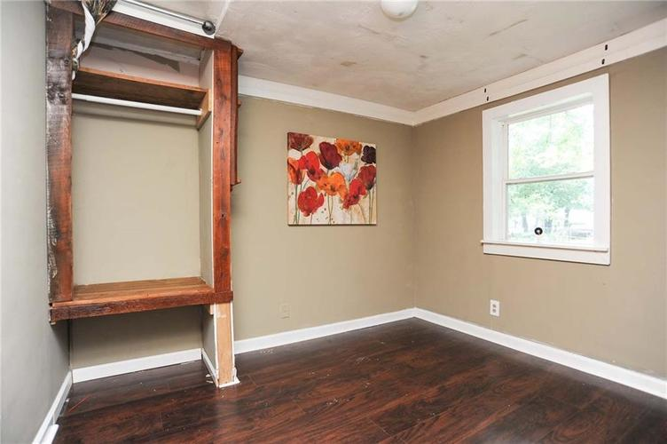 477 S WEBSTER Avenue Indianapolis IN 46219 | MLS 21723799 | photo 21