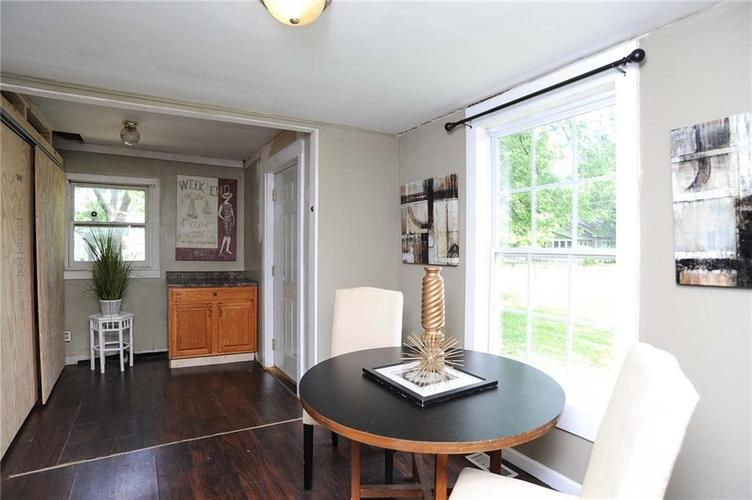 477 S WEBSTER Avenue Indianapolis IN 46219 | MLS 21723799 | photo 7