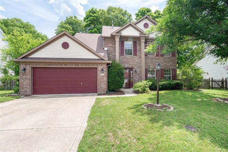 6853 Bretton Wood Drive Indianapolis IN 46268   MLS 21723838   photo 1