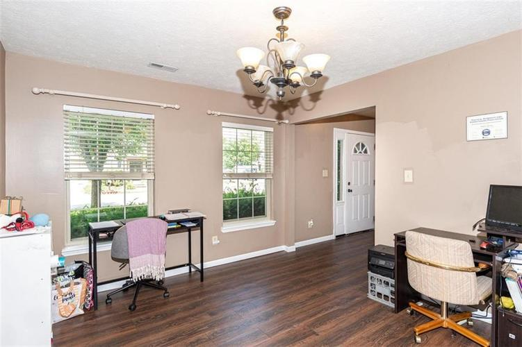 6853 Bretton Wood Drive Indianapolis IN 46268   MLS 21723838   photo 13