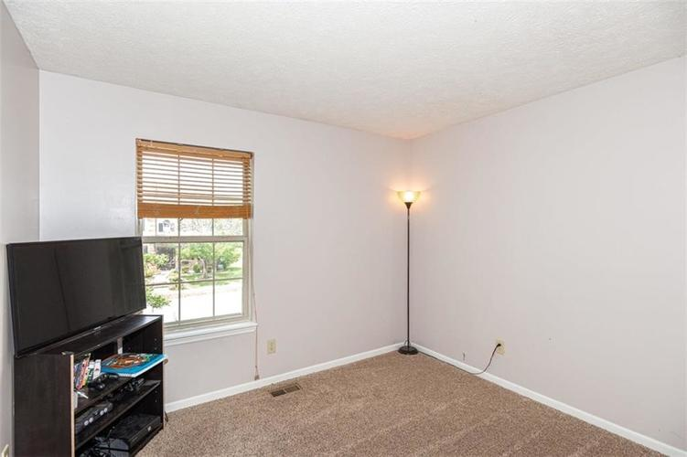 6853 Bretton Wood Drive Indianapolis IN 46268   MLS 21723838   photo 18