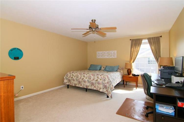 7303 Gold King Way Indianapolis IN 46259 | MLS 21723842 | photo 22