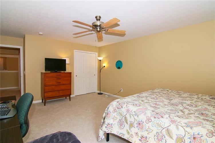 7303 Gold King Way Indianapolis IN 46259 | MLS 21723842 | photo 23
