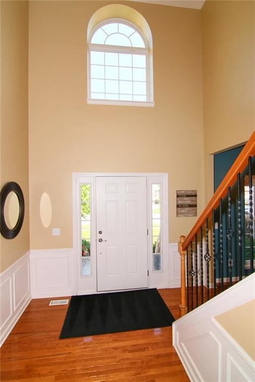7303 Gold King Way Indianapolis IN 46259 | MLS 21723842 | photo 3