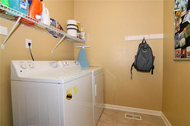 7303 Gold King Way Indianapolis IN 46259 | MLS 21723842 | photo 31