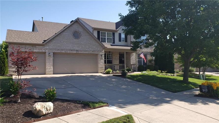 8016 Meadow Bend Drive Indianapolis IN 46259 | MLS 21723878 | photo 1