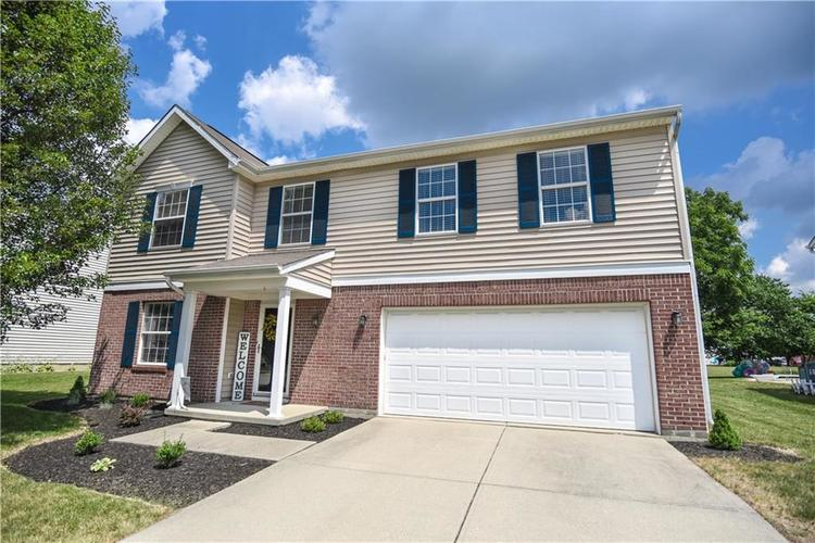 6438 Bonneville Drive Indianapolis IN 46237 | MLS 21724076 | photo 1