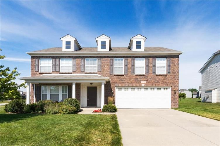 6836 Eagle Crossing Blvd Brownsburg IN 46112 | MLS 21724337 | photo 1