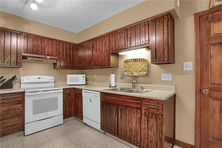 8140 Front Royal Court Indianapolis IN 46227 | MLS 21724395 | photo 24