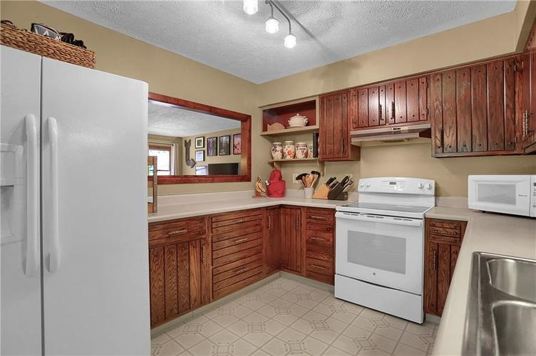 8140 Front Royal Court Indianapolis IN 46227 | MLS 21724395 | photo 25