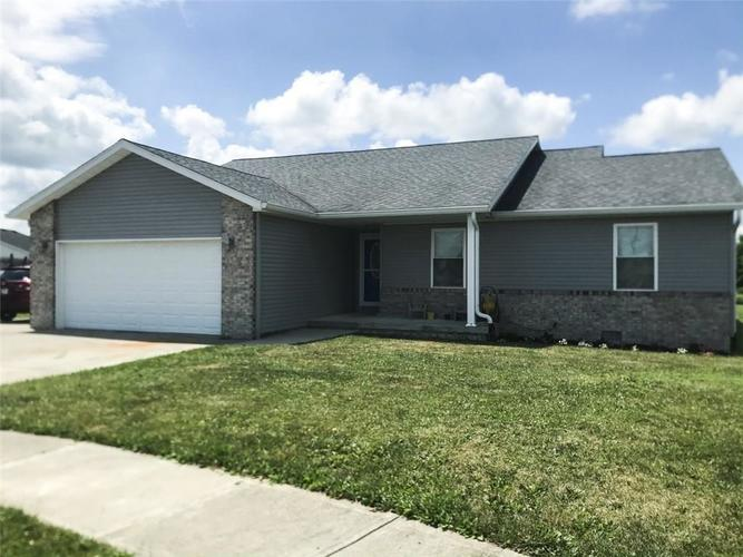 1709 W Republic Court Greensburg, IN 47240 | MLS 21724525