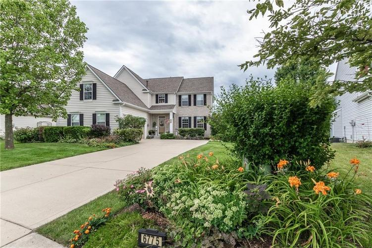 6775  Woodcliff Circle Zionsville, IN 46077 | MLS 21724837