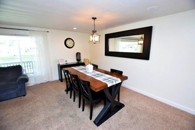 4038 S 50 W Anderson IN 46013 | MLS 21724869 | photo 15
