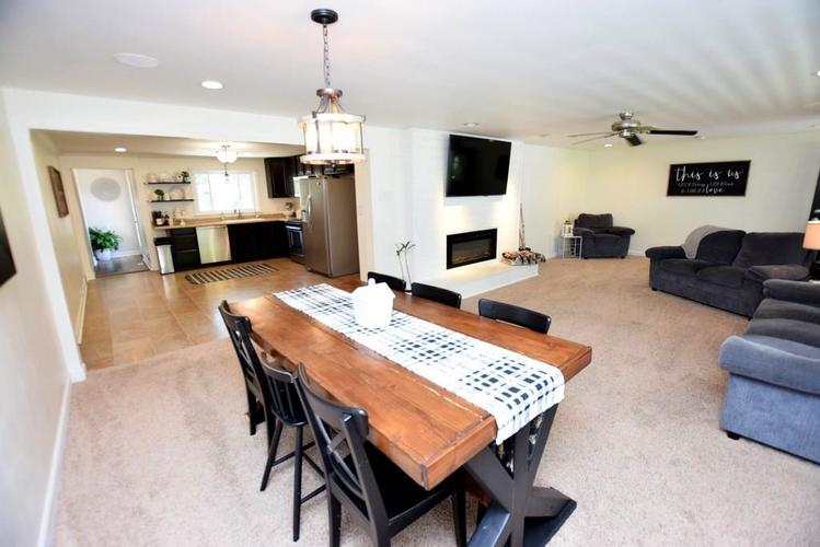 4038 S 50 W Anderson IN 46013 | MLS 21724869 | photo 16