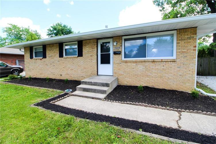7225 E 51st Street Indianapolis, IN 46226 | MLS 21724915