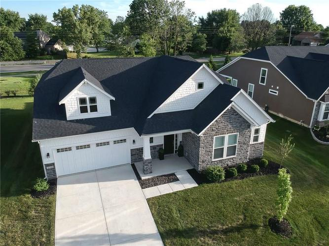 8284 Caraway Court Fishers IN 46038 | MLS 21725254 | photo 2