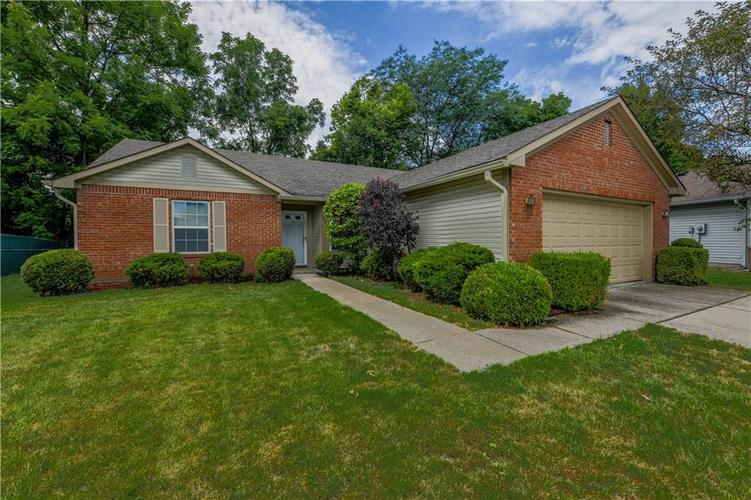 8458  Southern Springs Drive Indianapolis, IN 46237 | MLS 21725304