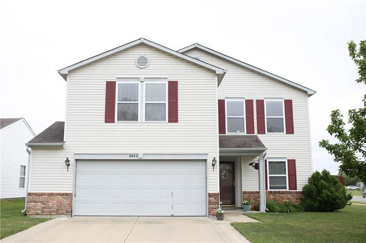 8943 Limberlost Court Camby IN 46113 | MLS 21725349 | photo 1