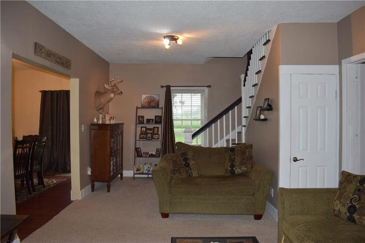 1615 S 575 E Whitestown IN 46075 | MLS 21725662 | photo 20