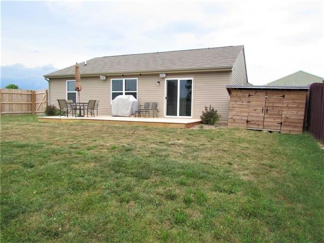 7526 Firecrest Lane Camby IN 46113 | MLS 21725817 | photo 16