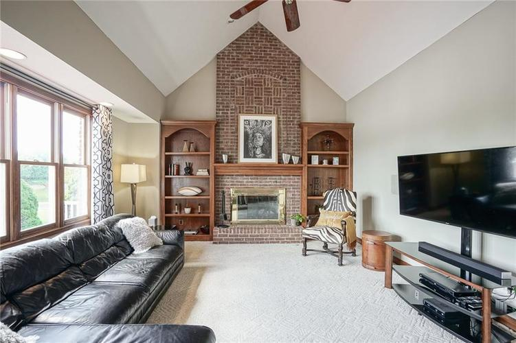 8351 Misty Drive Indianapolis IN 46236 | MLS 21726111 | photo 11