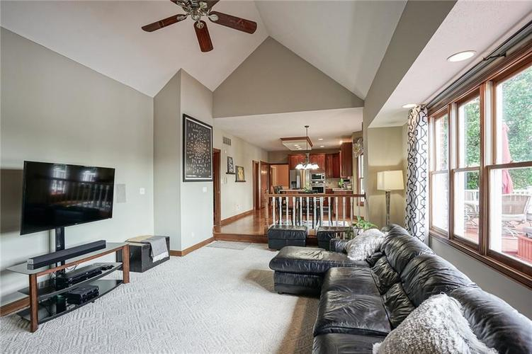 8351 Misty Drive Indianapolis IN 46236 | MLS 21726111 | photo 13