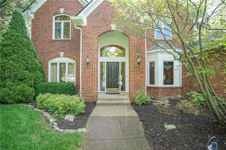 8351 Misty Drive Indianapolis IN 46236 | MLS 21726111 | photo 2