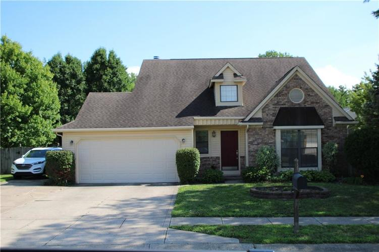 7147  Camwell Drive Indianapolis, IN 46268 | MLS 21726194