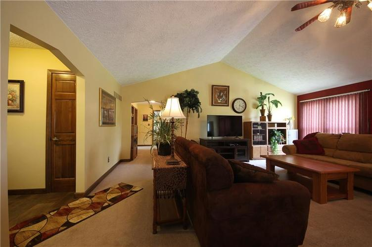 7297 Mendenhall Road Camby IN 46113 | MLS 21726249 | photo 13