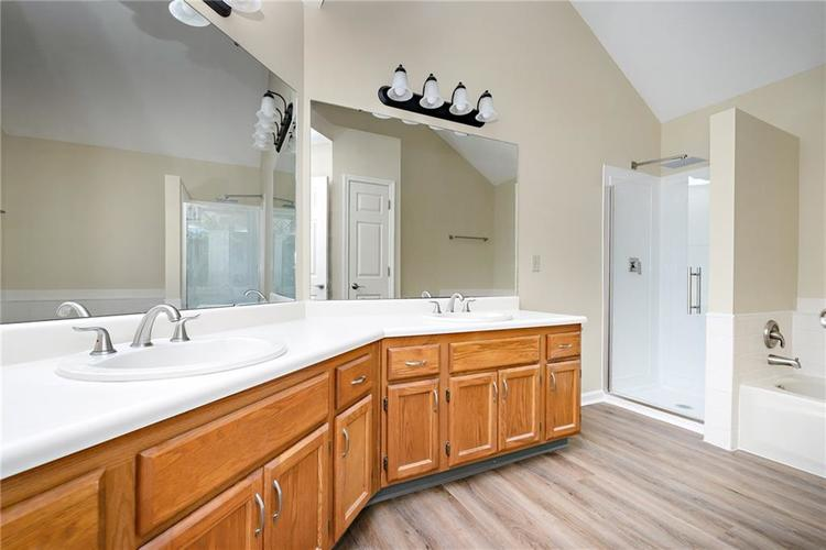 6833 Silver Tree Drive Indianapolis IN 46236 | MLS 21726388 | photo 27