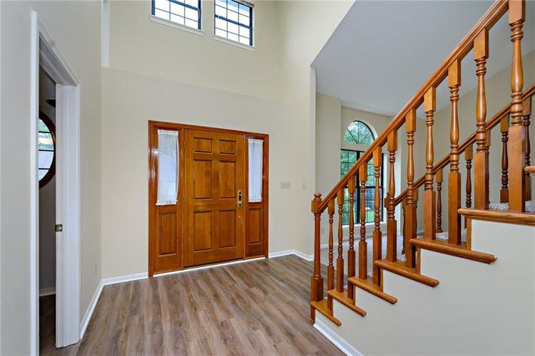 6833 Silver Tree Drive Indianapolis IN 46236 | MLS 21726388 | photo 3