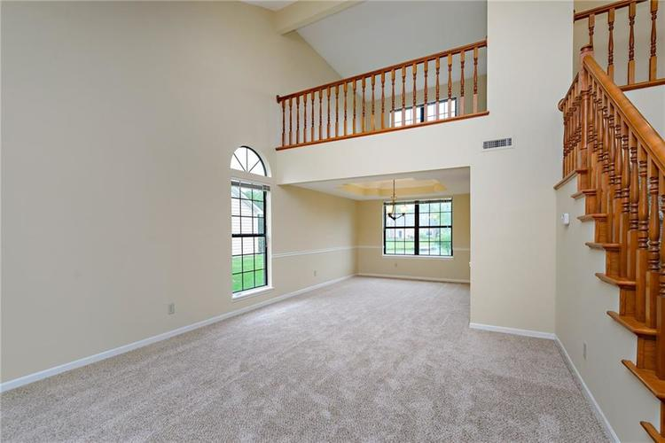 6833 Silver Tree Drive Indianapolis IN 46236 | MLS 21726388 | photo 5