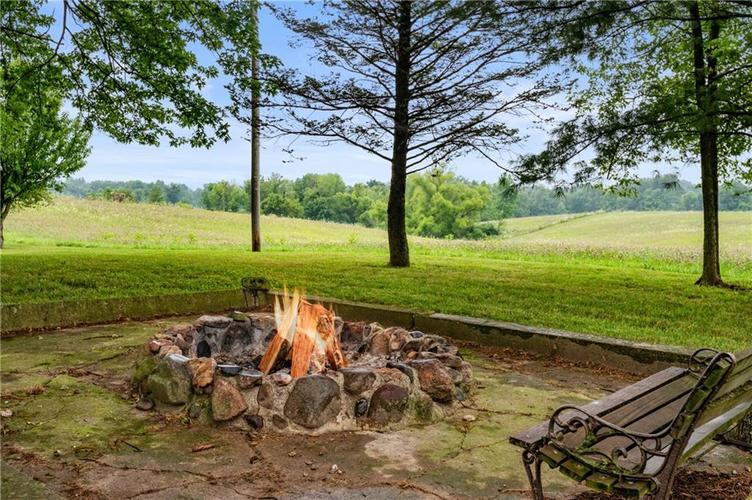 5753 W Country Road 200 South Connersville IN 47331 | MLS 21726504 | photo 19