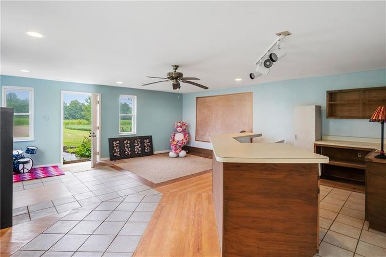 5753 W Country Road 200 South Connersville IN 47331 | MLS 21726504 | photo 22