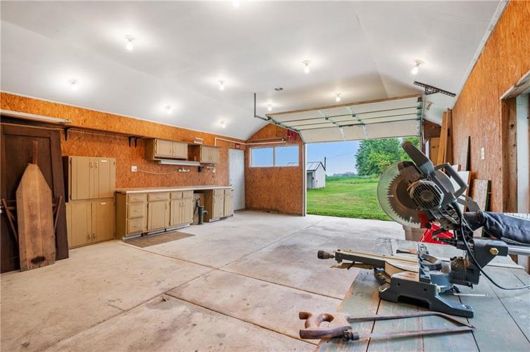 5753 W Country Road 200 South Connersville IN 47331 | MLS 21726504 | photo 23