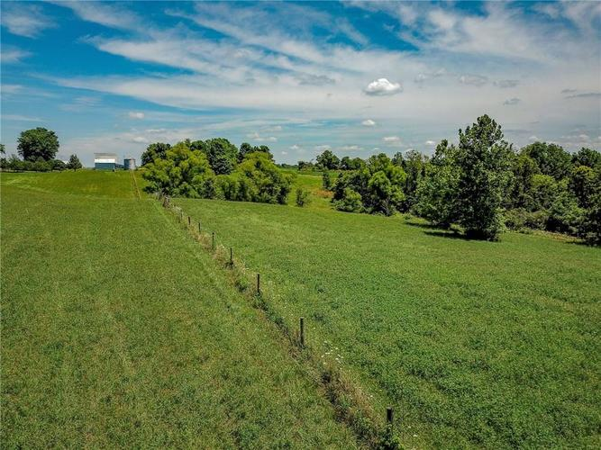 5753 W Country Road 200 South Connersville IN 47331 | MLS 21726504 | photo 42