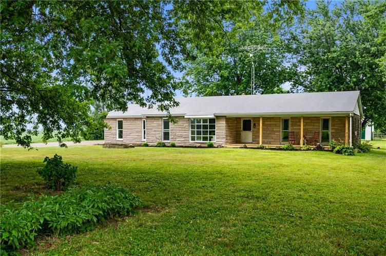 5753 W Country Road 200 South Connersville IN 47331 | MLS 21726504 | photo 5