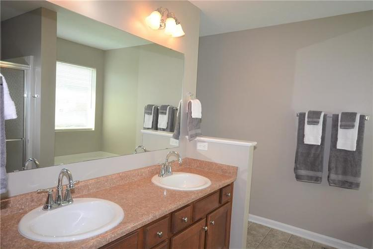 12267 Blue Lake Court Noblesville IN 46060 | MLS 21726516 | photo 24