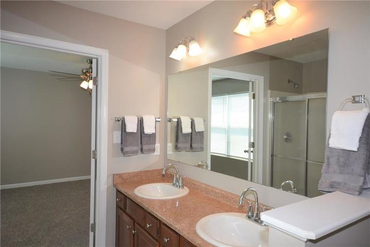 12267 Blue Lake Court Noblesville IN 46060 | MLS 21726516 | photo 25