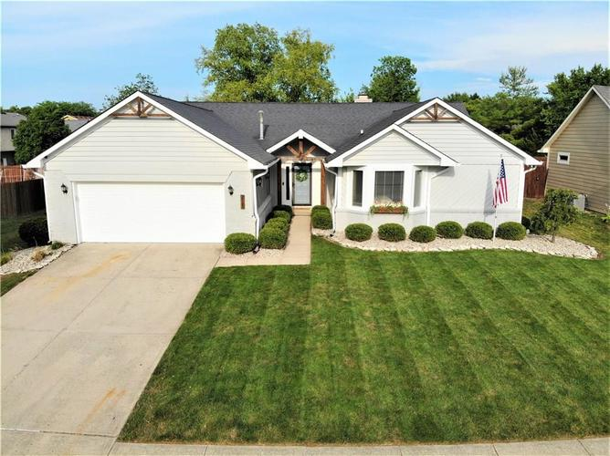 7709  Old Oakland Blvd West Drive Indianapolis, IN 46236 | MLS 21726576