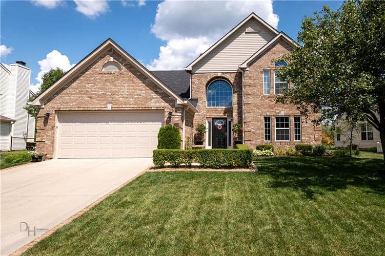 2331  Cole Wood Court Indianapolis, IN 46239 | MLS 21727724