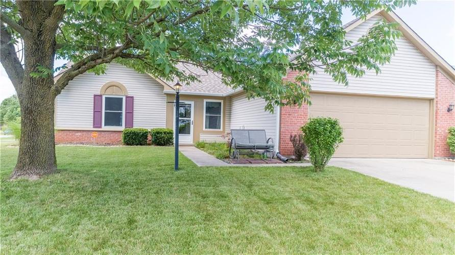 1926  Cross Willow Lane Indianapolis, IN 46239 | MLS 21728145