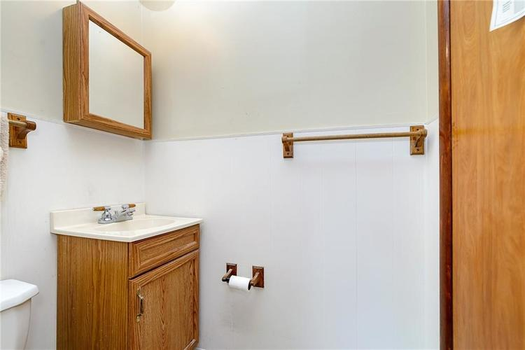 1218 N Routiers Avenue Indianapolis IN 46219 | MLS 21728540 | photo 13