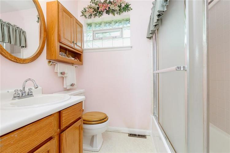1218 N Routiers Avenue Indianapolis IN 46219 | MLS 21728540 | photo 19