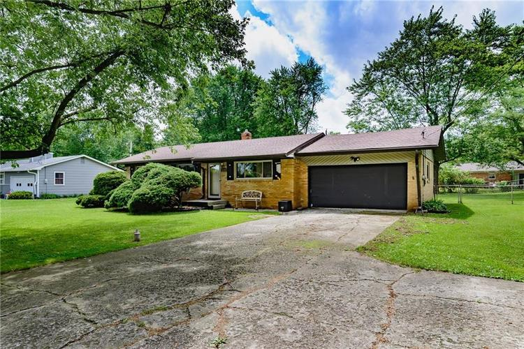 1218 N Routiers Avenue Indianapolis IN 46219 | MLS 21728540 | photo 2